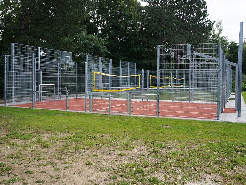 Meykopff Gartenbau Referenzen Sportplatz in Lübeck