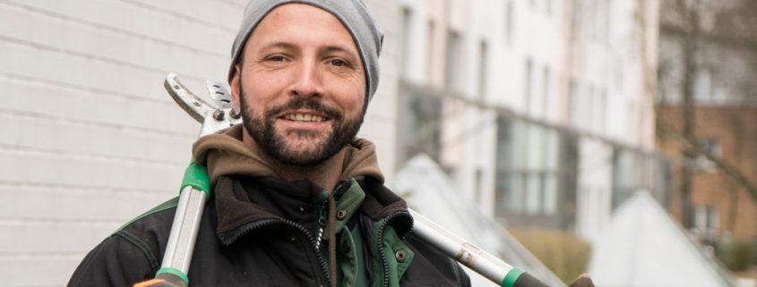 Meykopff Garten- Landschaftbau Baumschnitt Strauchschnitt Mitarbeiter im Portrait