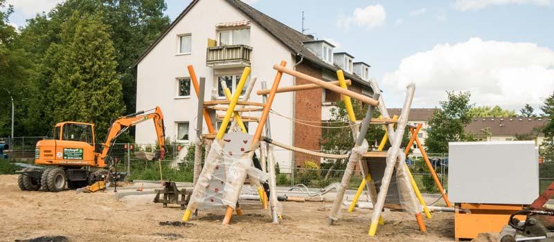 Meykopff Garten- und Landschaftsbau Spielgeräte vor der Aufstellung