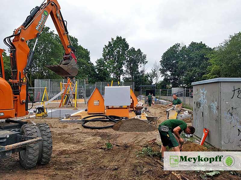 Meykopff GaLaBau Schmiedekoppel Spielplatzbau Baggerschaufel