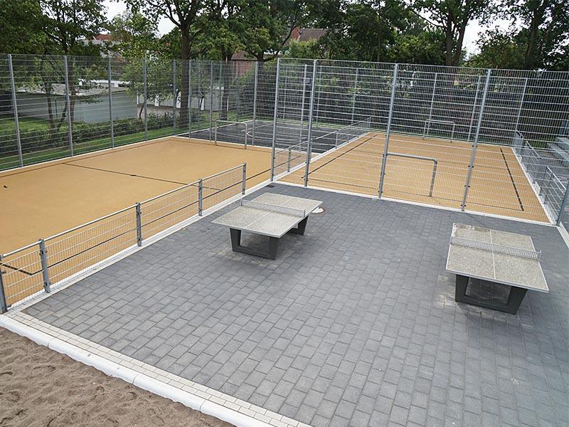 Meykopff GaLaBau Spielplatzbau Schmiedekoppel Fussball Basketball Tischtennis