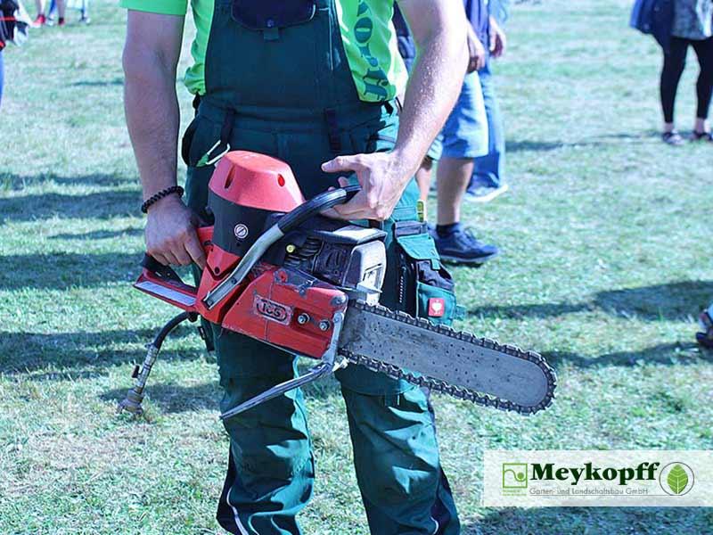 Meykopff GalaBau - Mit der Kettensäge auf der Jobmesse