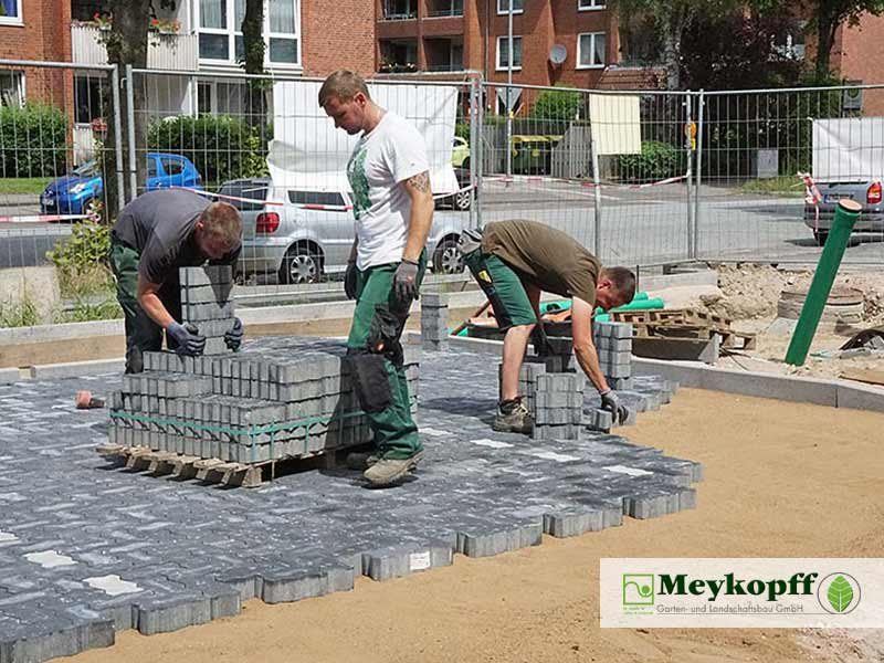 Meykopff GaLaBau Luebeck Luisenstrasse Pflasterarbeiten Team