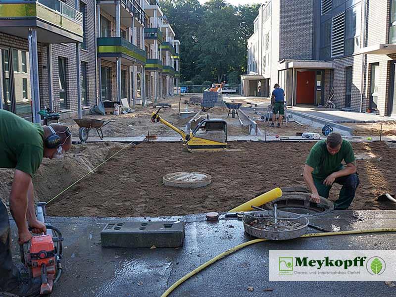 Meykopff GaLaBau Luebeck Luisenstrasse Pflasterarbeiten Teamarbeit
