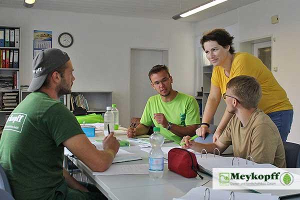 Meykopff GaLaBau Lübeck - betriebsinterner Unterricht