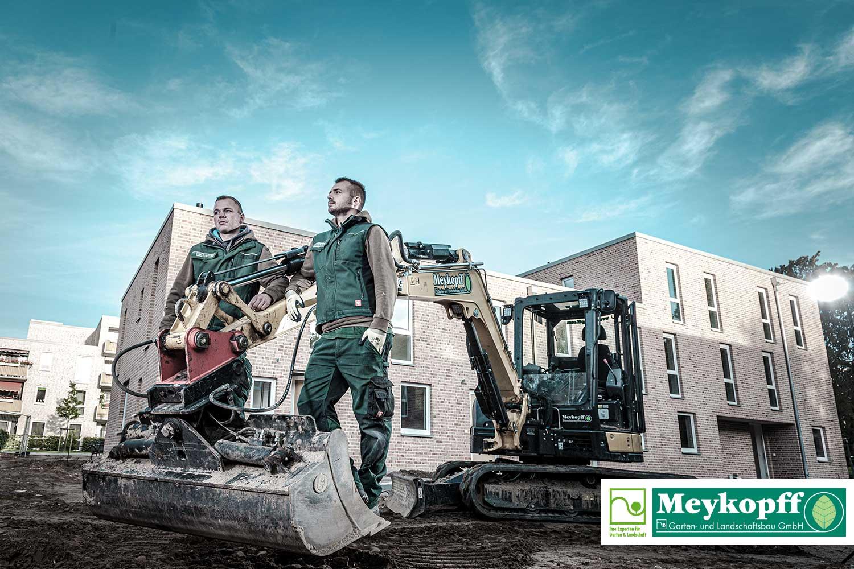 Meykopff GaLaBau Lübeck - mit großem Werkzeug