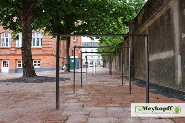 Meykopff GaLaBau Lübeck - Fahrradständer Im Innenhof