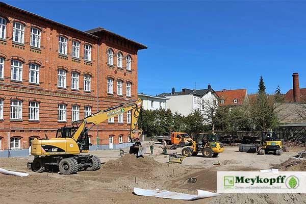 Meykopff GaLaBau Lübeck - Pflasterarbeiten im Innenhof