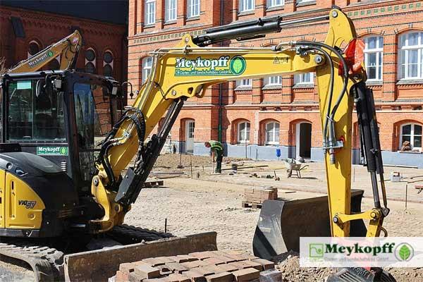 Meykopff GaLaBau Lübeck - Pflasterarbeiten am Studentenwohnheim