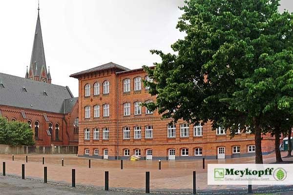 Meykopff GaLaBau Lübeck - gepflasterter Innenhof