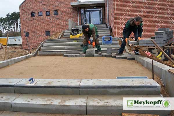 Meykopff GaLaBau Luebeck Pflasterarbeiten Treppe