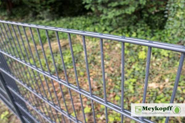meykopff-Garten-Landschaftsbau-zaunbau-doppelstabmatte-gruen