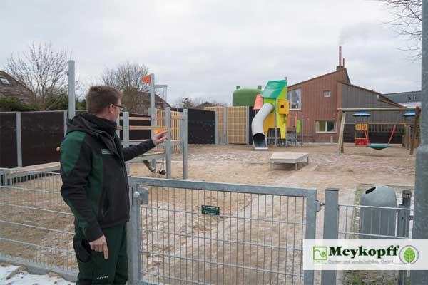 Meykopff Garten- und Landschaftsbau Zaunbau Schule