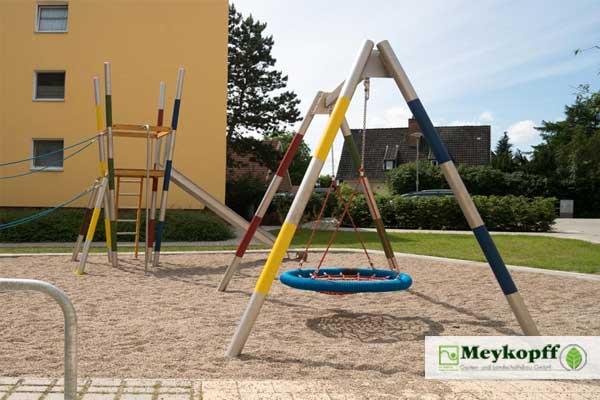 Meykopff Gartenbau Lübeck Spielplatzbau Netzschaukel